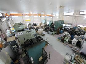 吉田工場は一番大きいプレスが並ぶ工場です。他の工場に比べて商品数も多く製造しています。